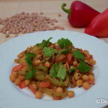 Жареный нут с овощами