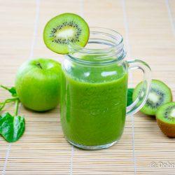 Смузи из яблок, киви и шпината – рецепт приготовления в домашних условиях с фото